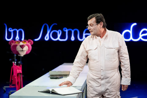 Theater im Namen des Volkes